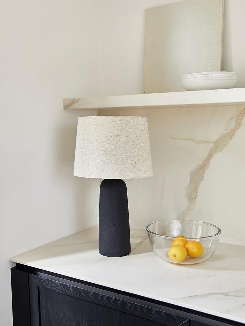 Moderne Wohnungseinrichtung Kueche Ablageflaeche Arbeitsflaeche Lampe