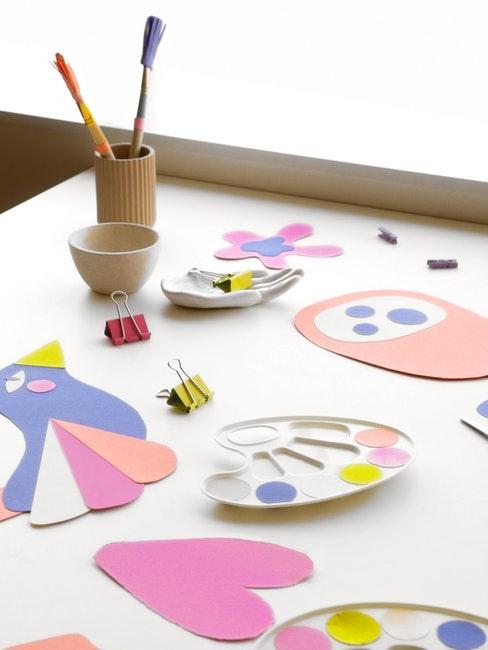 Material zum Malen und Basteln für Kinder