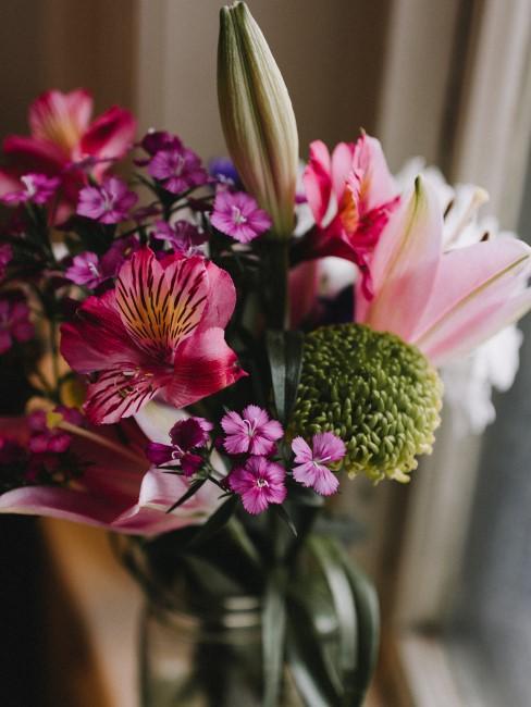 Blumenstrauß in Pinktönen