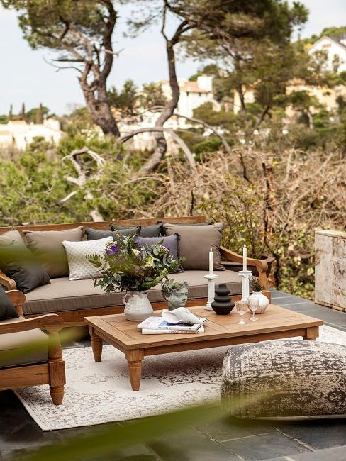 Outdoor Lounge im Grünen