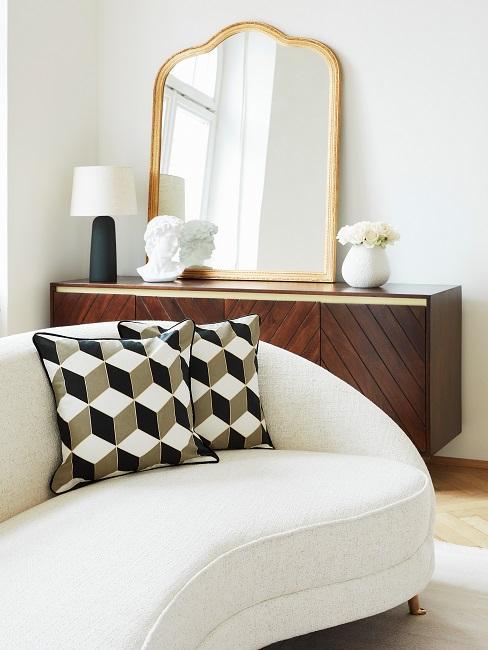Altbauwohnung einrichten Retro Wohnzimmer Sofa