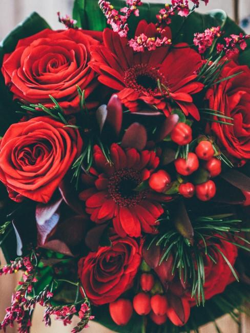 roter Blumenstrauß