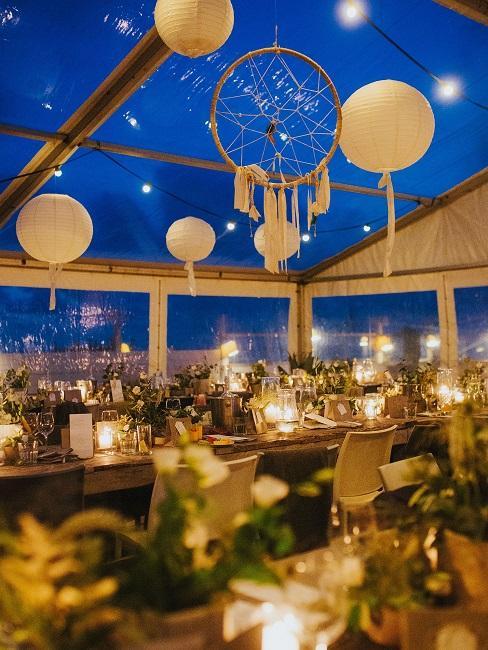 Hochzeitslocations Naturel Beach Club DJ Markus Abend Tische Deko