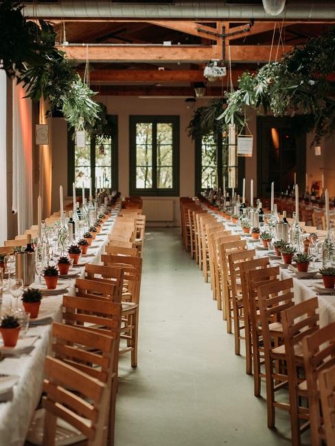 Hochzeitslocations Het Rijk van de Keizer DJ Markus Innen Tische