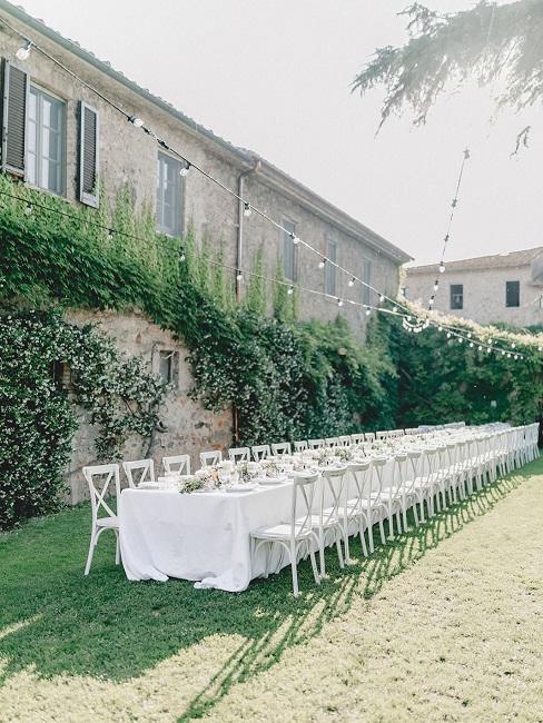 Hochzeitslocations La Pescaia Resort DJ Markus Tisch aussen
