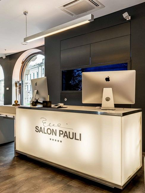 Wolf Cut Salon Pauli