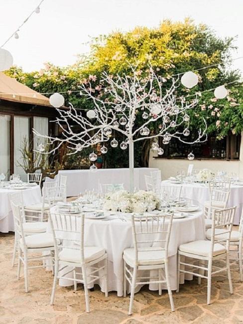 Hochzeitslocations Atzaro Ibiza Tische Dinner Essen Deko