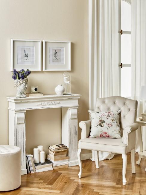 Wohnzimmer im französischen Landhausstil