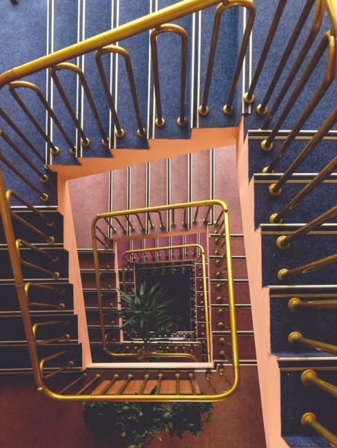 Treppenhaus im Art Déco Stil