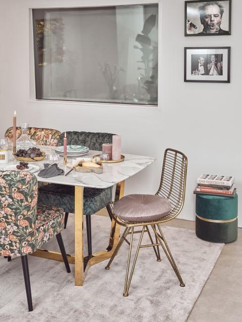 Rosa und Grün als Einrichtung im Esszimmer