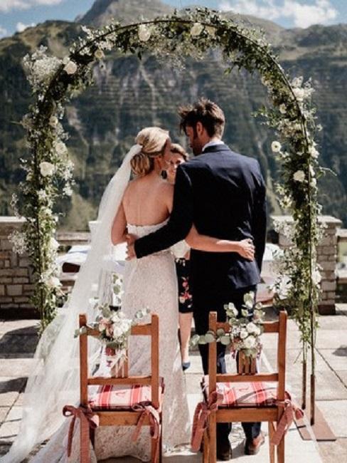Hochzeitslocations Goldener Berg Trauung Sonnenterrasse