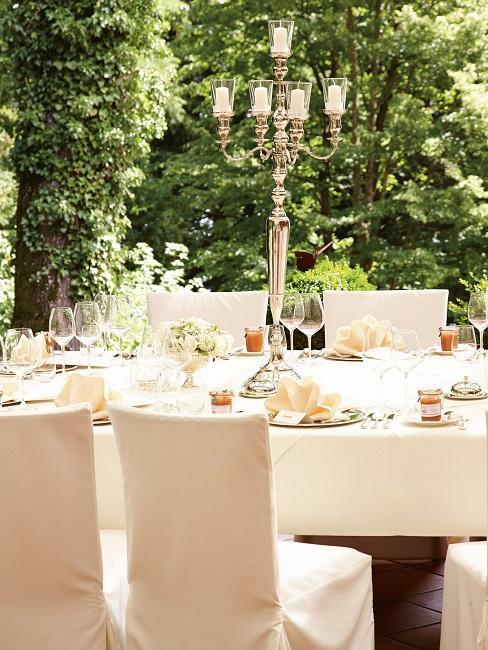 Hochzeitslocation Weddix La Villa Starnberger See Tisch Tafel Deko.jpg.bmp