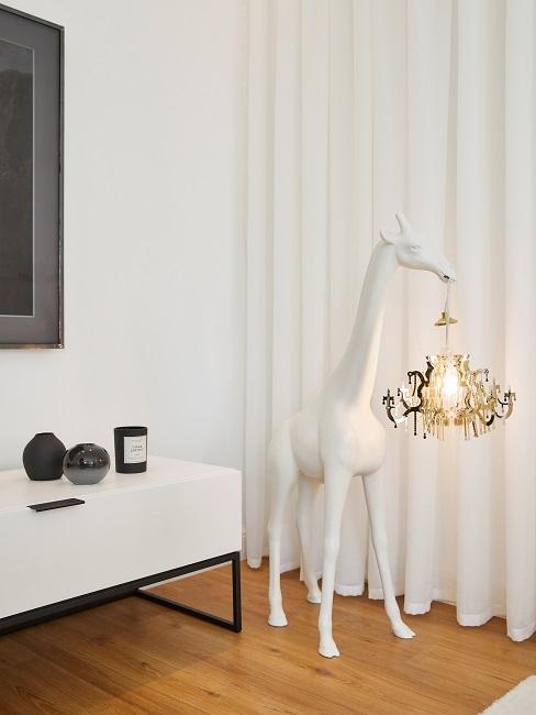 Mike Singer Wohnzimmer Giraffen Lampe