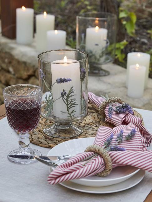 Lavendel Deko als Tischdeko