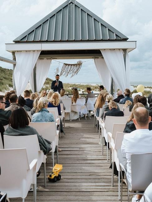 Hochzeitslocations Martin Fett Martinredet Our Seaside Renesse aussen Trauung