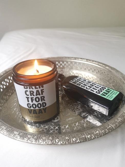 Beauty Test Hanf Kerze angezuendet