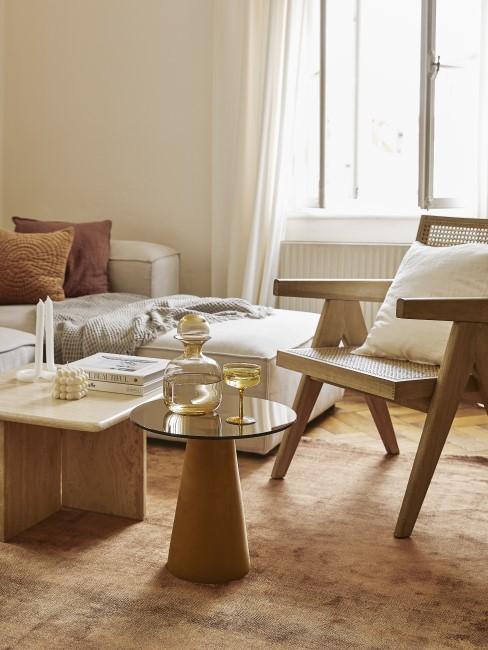 Wohnzimmer in natürlichen Farben
