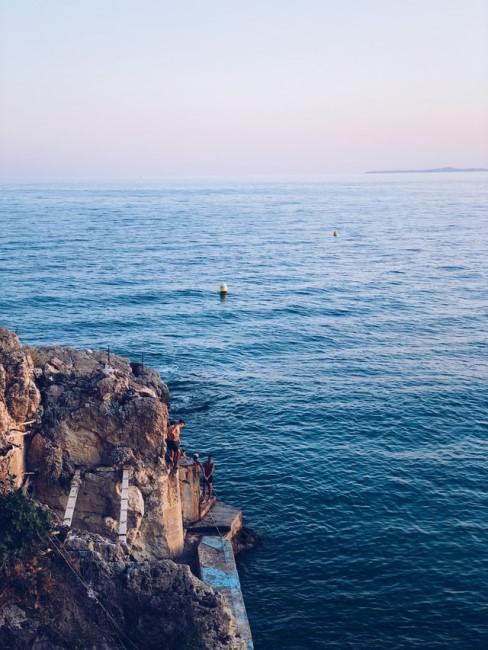 Meer und Klippen
