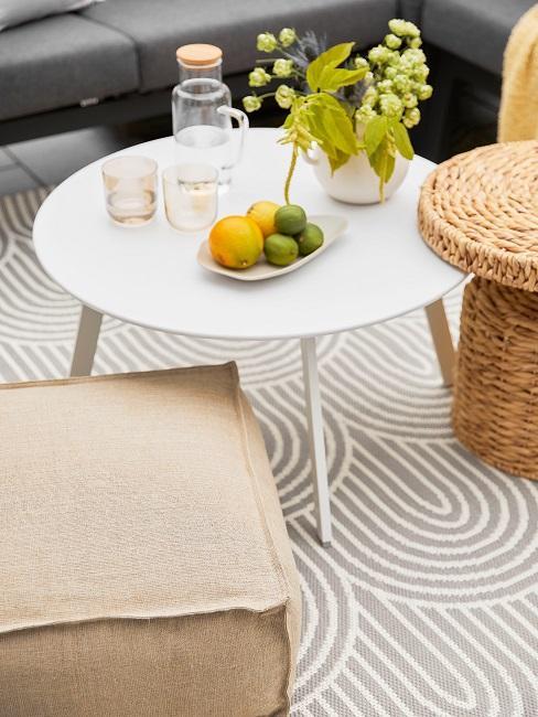 Verena Prechtl Terrasse Details Tisch