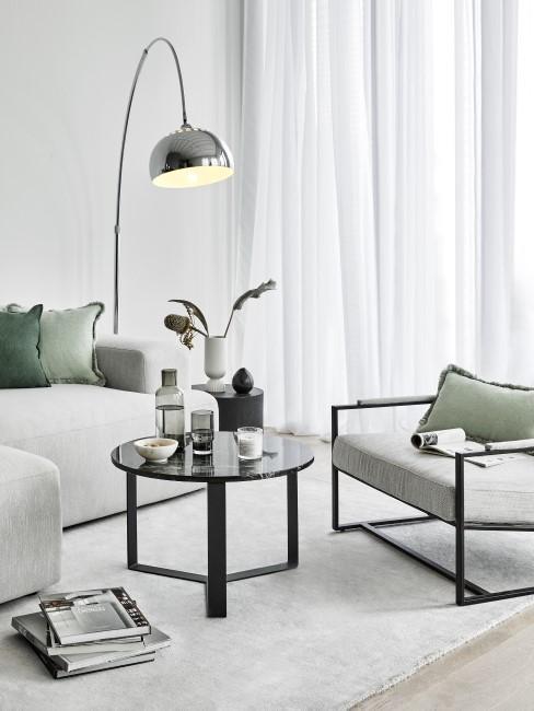 Modernes Wohnzimmer mit Mint und Grau