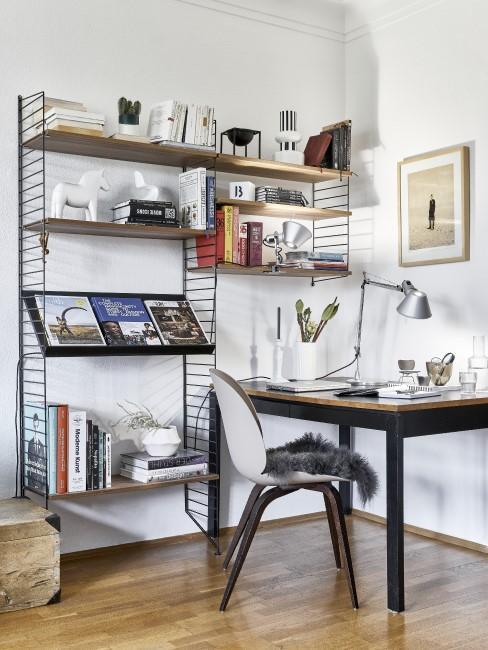 Moderne Einrichtung im Home Office