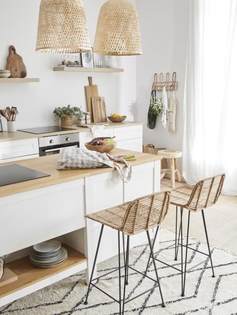 Küche mit Holz als Material