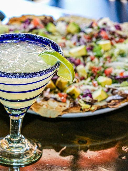 Speisen und Getränke für eine Mexiko Party