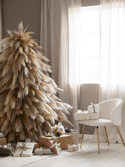 Wohnzimmer weihnachtlich eingerichtet