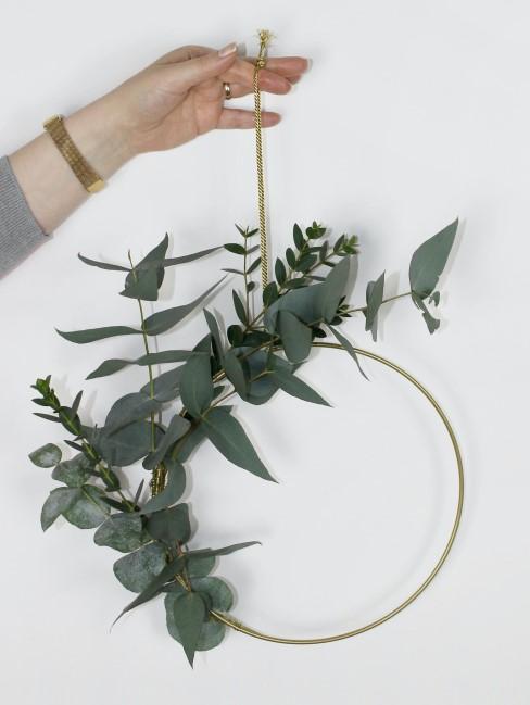 puristischer Herbstkranz mit Eukalyptus