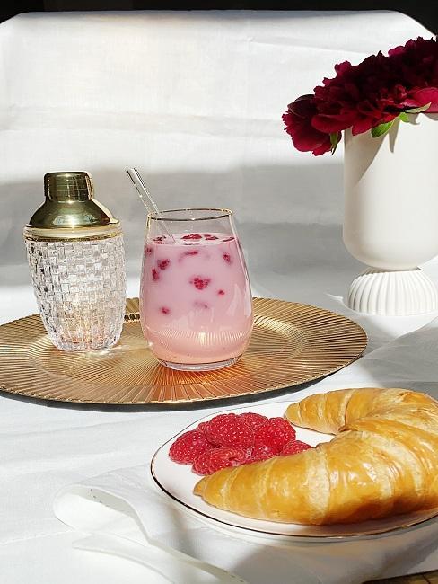 Pink Drink mit Alkohol