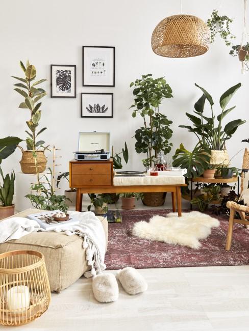 Retro Style Wohnzimmer mit Pflanzen