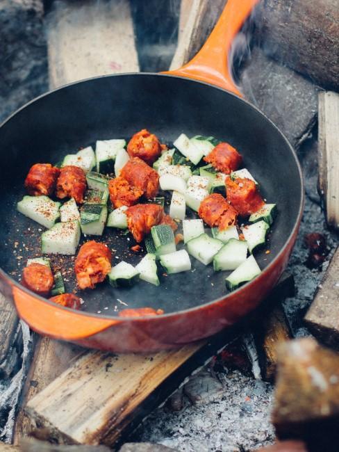 Essen beim Camping mit Kindern