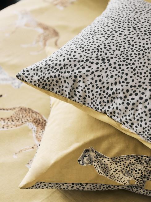 Leopardenprint auf Dekokissen