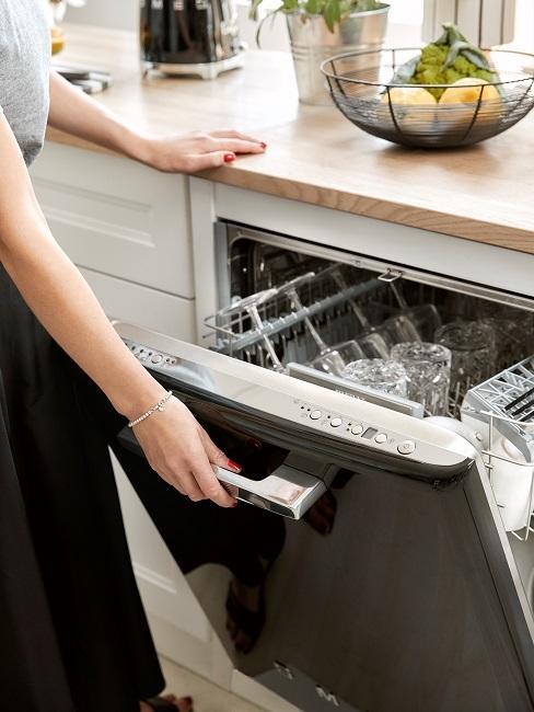 Geschirr Spülen Spülmaschine Küche