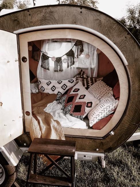 Camper-Interior im Boho-Stlye