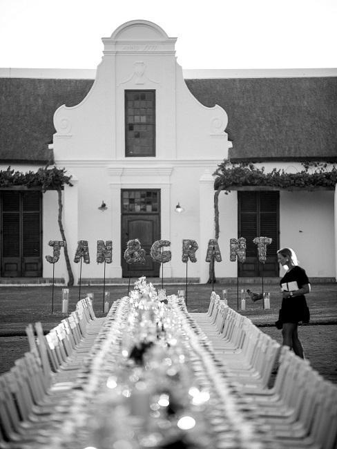 Hochzeitslocations Weingut Babylonstoren Suedafrika Tischdeko