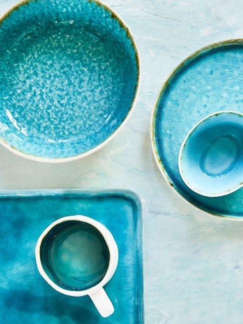 menaje de mesa en azul turquesa 2