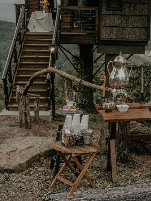 Mesa de la casa del arbol