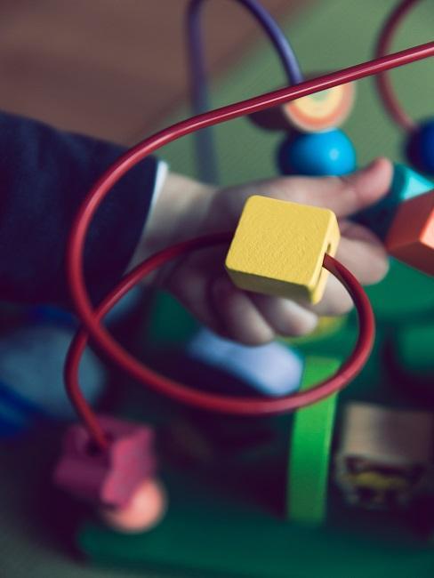 un juguete educativo para un niño