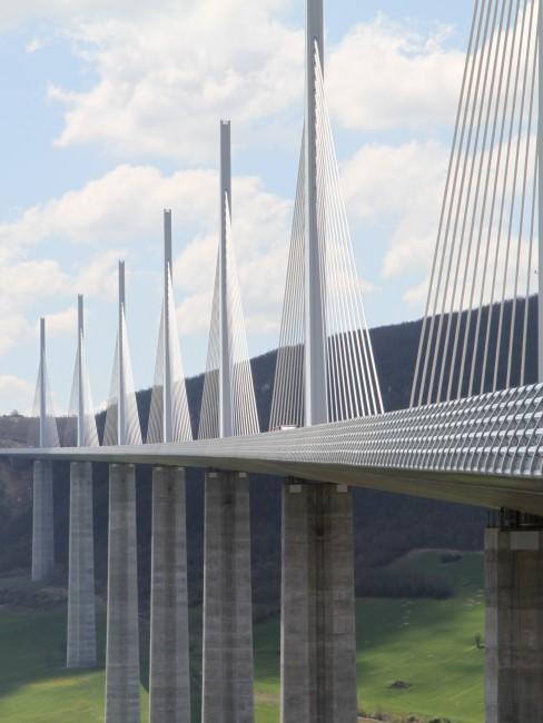 Puente diseñado por Norman Foster