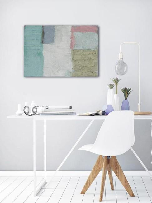 escritorio blanco con un cuadro