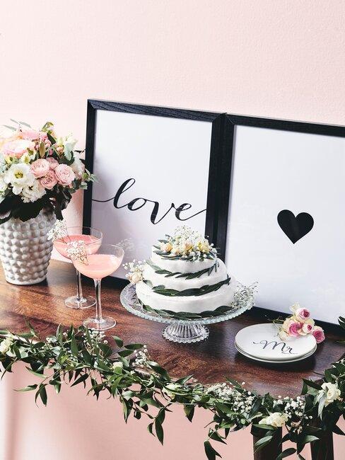 cuadros, trata y copas celebración de boda