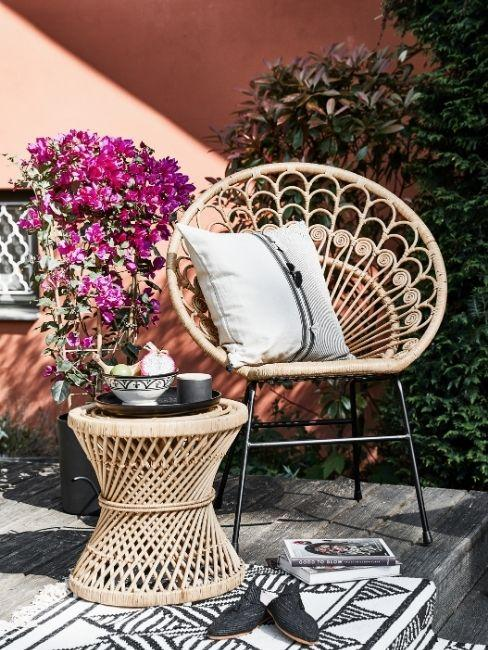 mesa auxiliar jardines pequeños