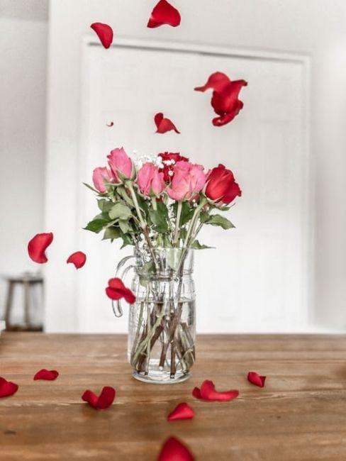 Ramo de rosas san valentin en casa
