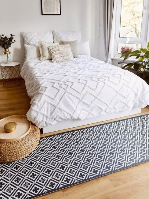Habitación con una alfombra adhesiva
