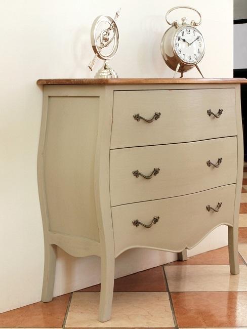 cómoda de madera clásico francés