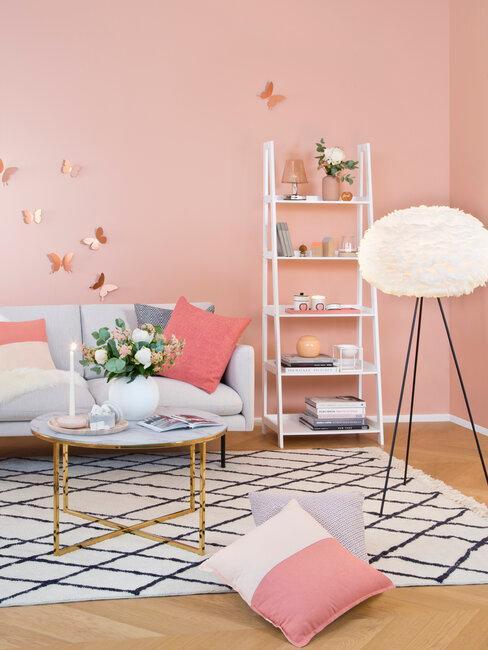 salón rosa gris y blanco