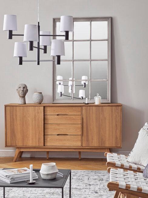 aparador de madera de roble espejo y lámpara