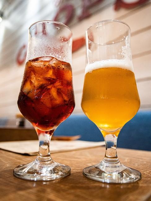 2 copas con cerveza