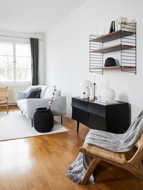 salón moderno en marrón negro y blanco